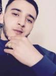 Simo, 23  , Saint-Arnoult-en-Yvelines