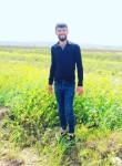 İsmail , 23, Ankara