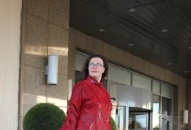 Helene, 38 - Just Me