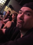 Robert, 39, Honolulu