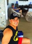 Gustavo Flores, 39  , Tutamandahostel