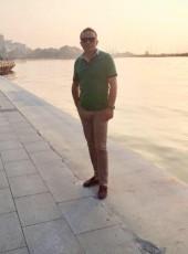 Cengiz, 42, Turkey, Can
