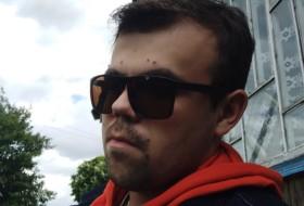 Roman, 20 - Just Me