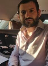 Guillaume, 29, France, Le Mans