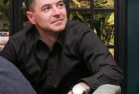 Denis, 26 - Just Me