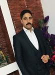 Mehdi, 28  , London