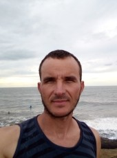 Gil, 40, Brazil, Sao Jose dos Pinhais