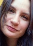Kseniya, 24  , Saint Petersburg