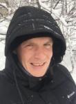 Yurij , 31  , Simferopol