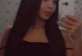 Alexandra, 21 - Just Me