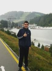 Maksim, 21, Ukraine, Novovolinsk