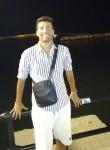 Giuseppe, 25  , Rome