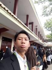 adin, 19, Indonesia, Malang