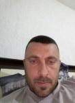 besi, 34  , Tirana