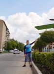 Maksim , 18  , Chelyabinsk