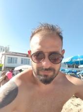 Yarimadali, 36, Turkey, Corlu