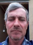 Viktor, 55  , Luga