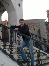 Kostya Tyukin, 33, Russia, Asbest