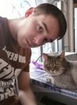Aleksandr, 29  , Pskov