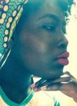 Aminata, 21  , Paese