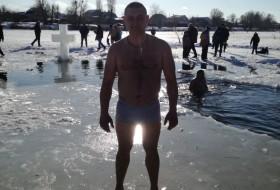 Petya, 39 - Just Me