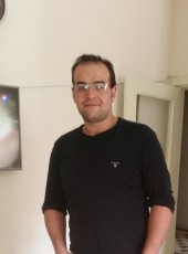 Yoldas, 32, Turkey, Sivrihisar