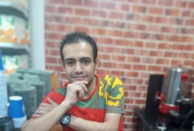 أحمد عبود, 32 - Just Me