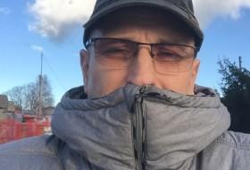retrov vanya, 52 - Just Me