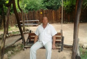 Aleksey, 63 - Just Me