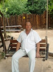 Aleksey, 62, Russia, Moscow