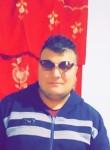 Khalil , 23  , Ras el Oued