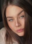 Elena , 25  , Tver