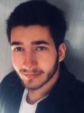 Pierre, 18, France, Paris