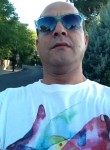 Eshak, 43  , Villanueva de la Canada