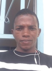 Mixwell, 19, Guinea, Siguiri