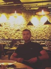 Benzer, 30, Turkey, Istanbul