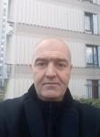 iulian, 44  , Le Mans