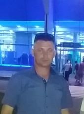 Oleg, 44, Russia, Komsomolsk-on-Amur