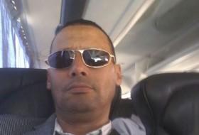Mohamed, 54 - Just Me