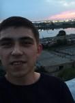Roma, 18, Saratov
