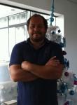 Fabrizio, 43  , Lima