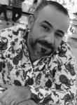 soner, 45  , Dihok