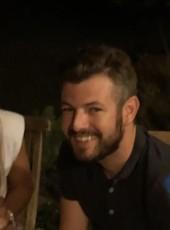 Louis, 29, Spain, Cambrils