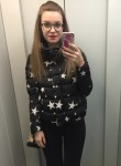 Kseniya, 25, Saint Petersburg