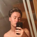 Sam, 23  , Bruneck