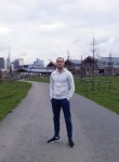 cristian, 22  , Brussels
