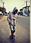 waitras, 18  , Douala