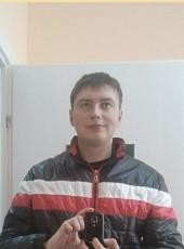 Sasha, 27, Belarus, Maladzyechna
