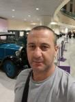 Pavel, 41  , Acharnes