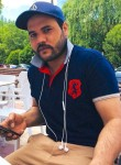 Hassan, 27  , Valladolid